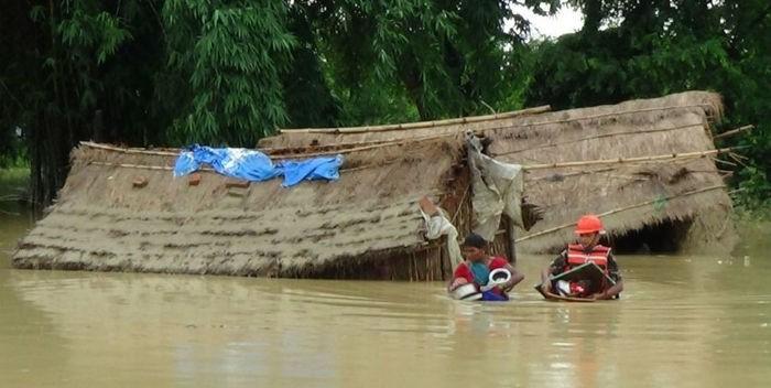 20160728-al-menos-90-muertos-inundaciones-nepal-india-700×352.jpg