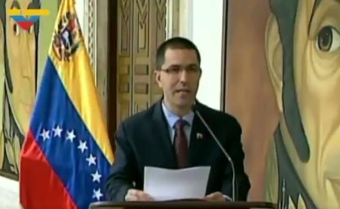 """""""Venezuela rechaza """"amenazas"""" de Donald Trump"""": canciller Jorge Arreaza"""