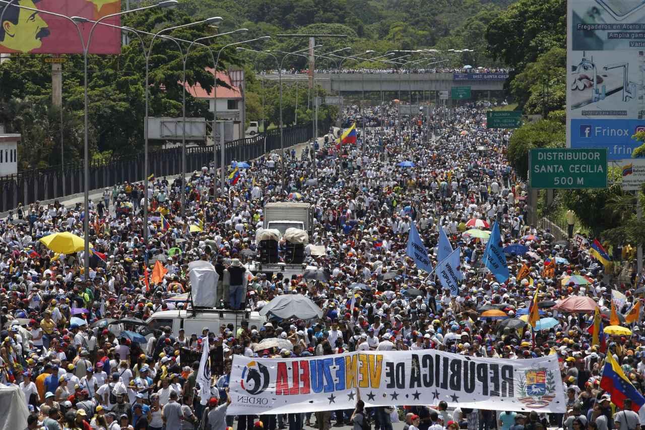venezuela_marchas_crisis_67794.jpg_1991220596.jpg