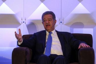 Fernández dice que el diálogo venezolano puede avanzar si las instituciones conviven