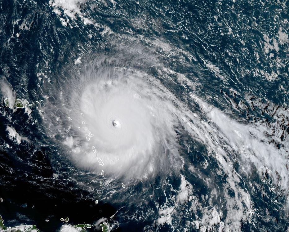 Irma puede dejar sin electricidad a Puerto Rico por tres meses