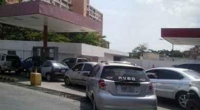Transporte-en-Vargas-colapsa-por-falta-de-gasolina.jpg