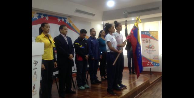Abanderada delegación que participará en II Juegos Suramericanos de la Juventud