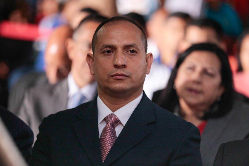 Ministro Velázquez negó que animales del zoológico mueran por falta de alimentos