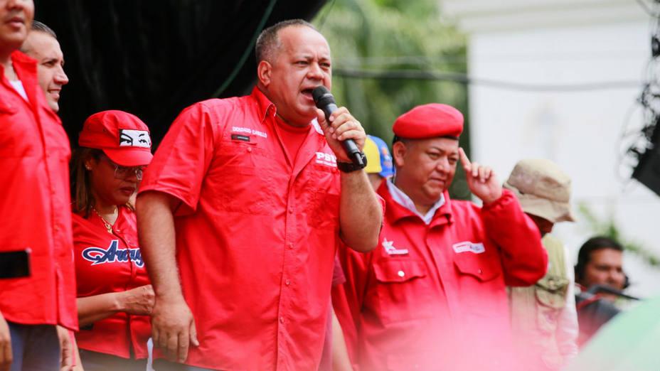 """Cabello aseguró que la AN está conspirando contra el pueblo porque """"la patria no les importa"""""""