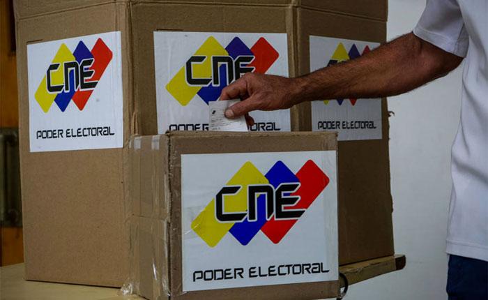 Comenzó distribución del material electoral para el 15-O