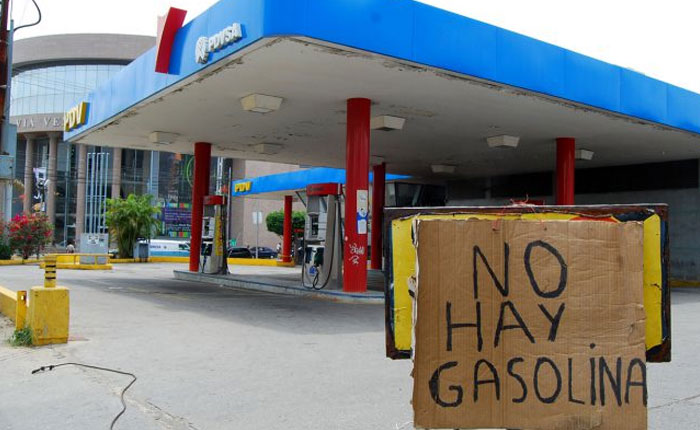 Crisis financiera de Pdvsa deja a Caracas sin gasolina