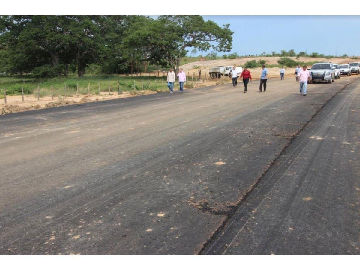 Gobernador prevé entregar el tramo III de la autopista Lara