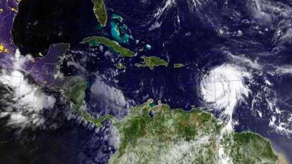 huracan_marxa_efe.jpg_1718483347.jpg