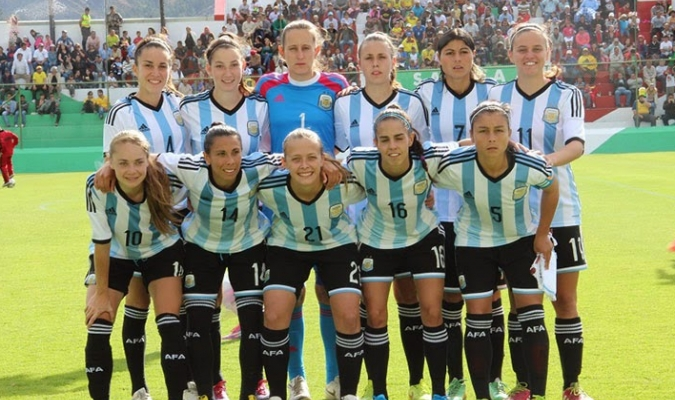 Selección argentina femenina de fútbol se declara en huelga