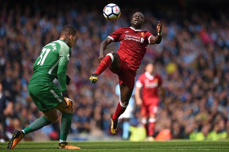 Suspenden 3 partidos a Mané, del Liverpool, por su dura falta al portero Ederson